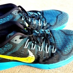 Nike Mens US 13 M Running Shoes Black Blue Yellow